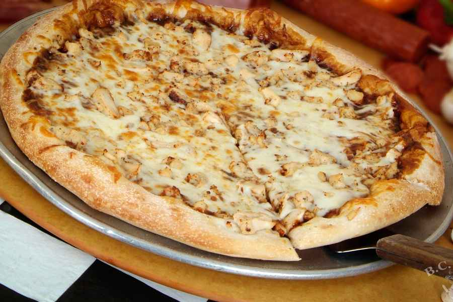021 BBQ CHICKEN PIZZA
